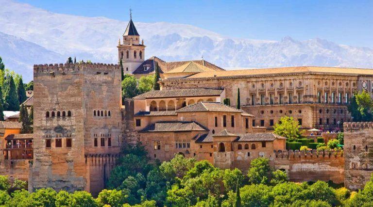 Nos conseils sur les vêtements à emporter en Andalousie