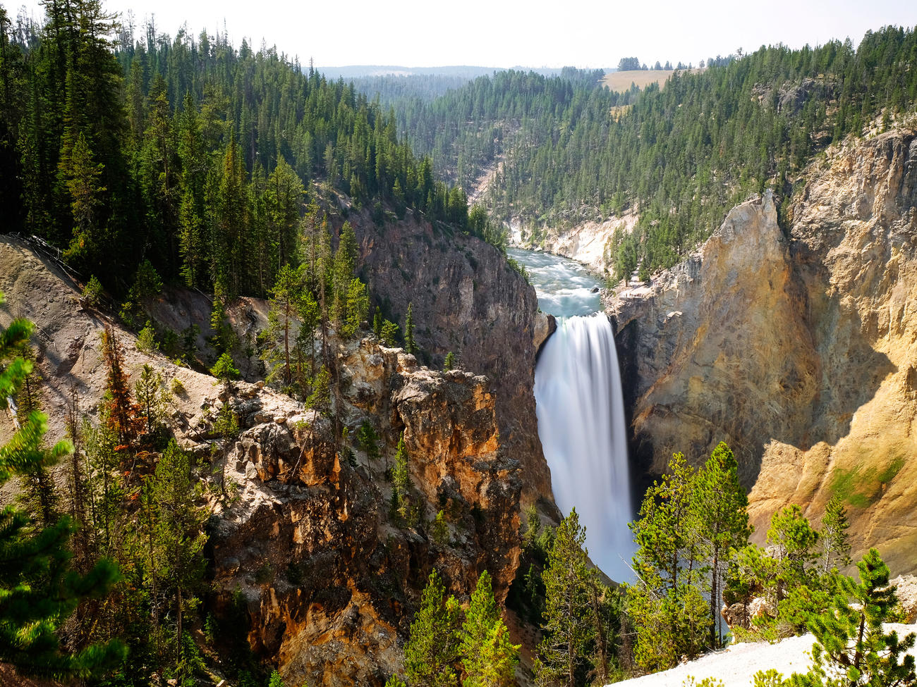 yellowstone-falls-yellowstone-national-park-sun-0716