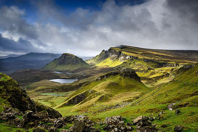 Choisir la bonne tenue de voyage pour visiter les Highlands