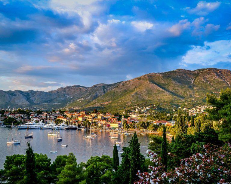 Les tenues de voyage pour découvrir la Macédoine