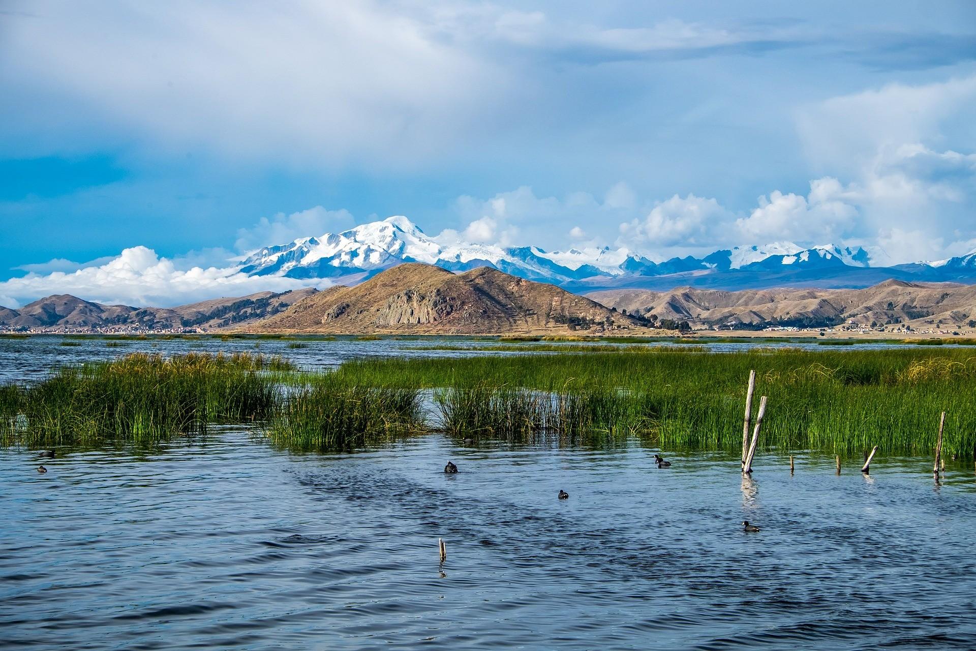 lake-titicaca-2494522_1920