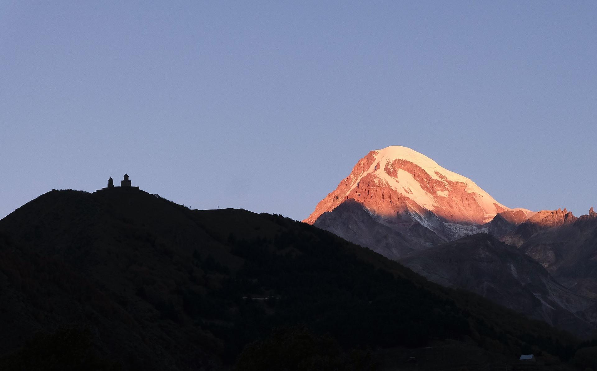 mountains-3776197_1920