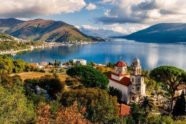 Choisir ses vêtements pour voyager en Bosnie-Herzégovine en toutes saisons