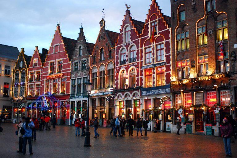 Vêtements conseillés pour voyager en Belgique en toutes saisons