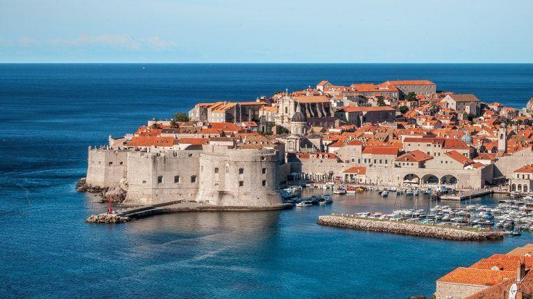 Sélection de vêtements à emporter en Croatie