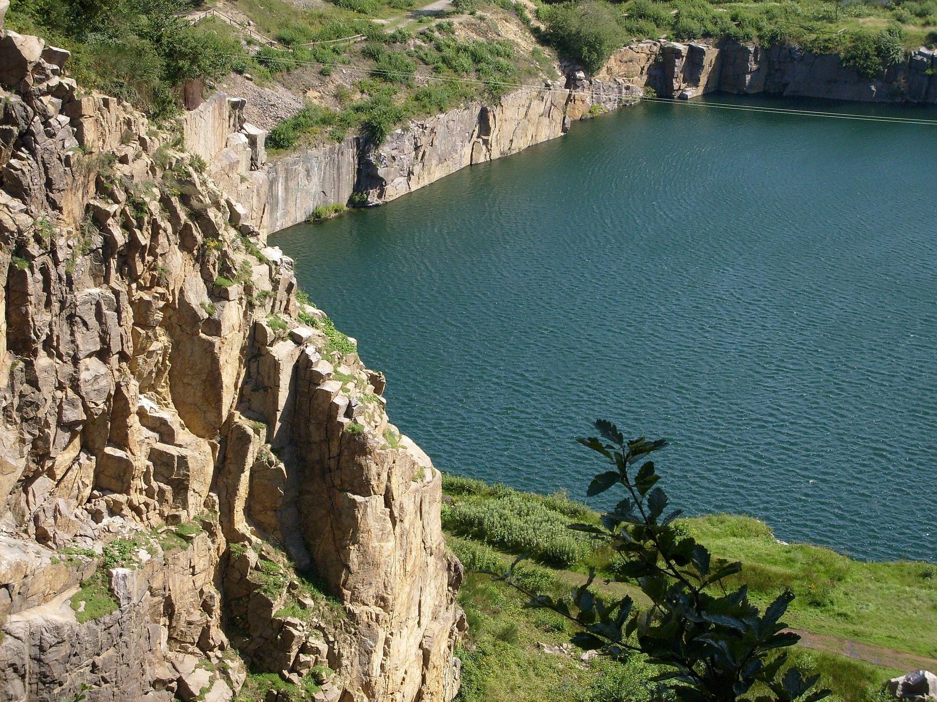 hammer-lake-10905_1920
