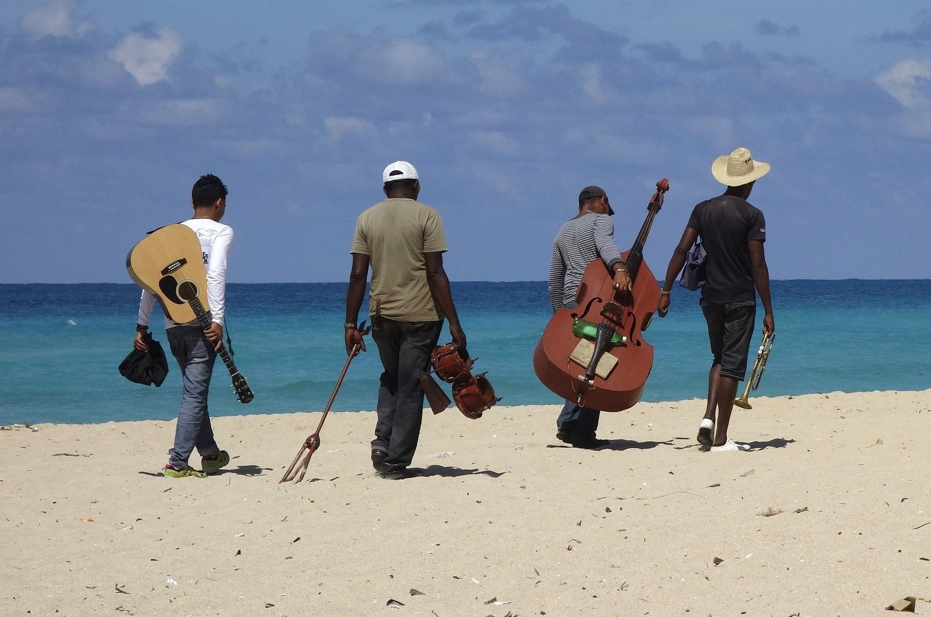 Les vêtements pour voyager à Cuba : nos conseils