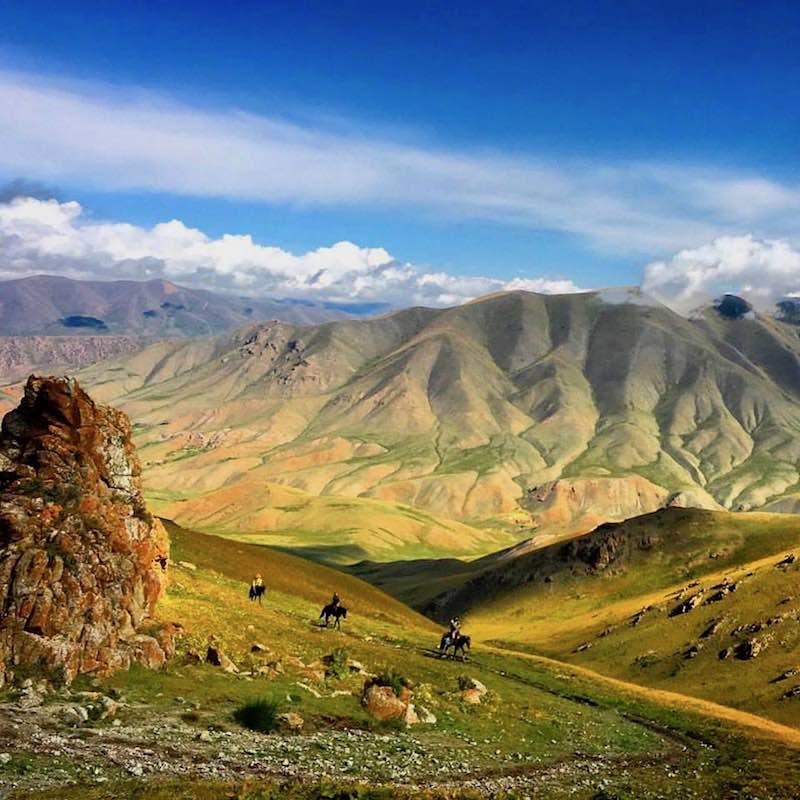trek-cheval-kirghizistan